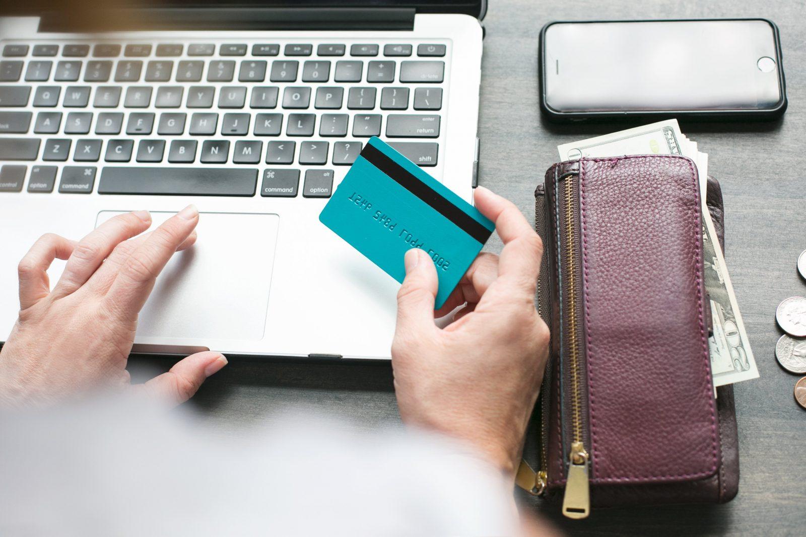 online-shopping_4460x4460 Weboldal készítés